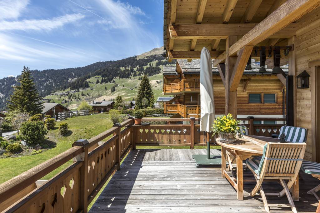 Detached 4 Bedroom House In Verbier Switzerland Porch