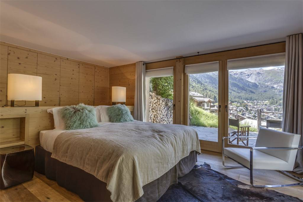 High-Class Switzerland 4 Floor Chalet Bedroom