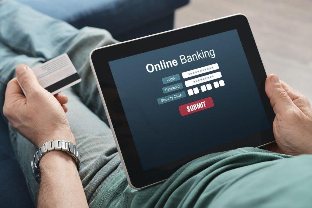 Online Banking With 24/7 Access